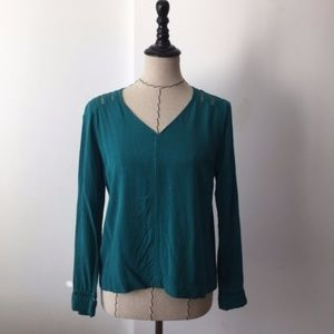 Skies are crotchet v neck blouse